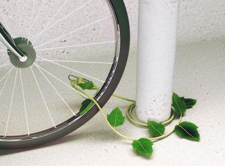 Είναι trendy και φυλάει το 'μοδάτο' μας ποδήλατο…