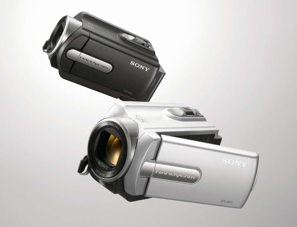 Συμπαγείς και στο προσιτό κομμάτι της αγοράς: Νέες Handycam SR που γράφουν σε κάρτα και σκληρό…