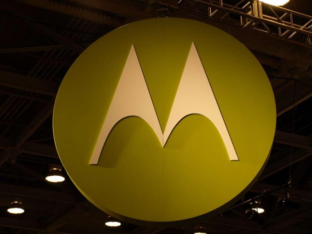 'Χάθηκαν' οι γιορτές: το tablet της Motorola πάει για 2011