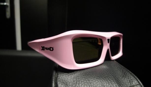 Και live στην iFA είδαμε τα universal 3D γυαλιά της Xpand…