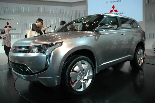 Ένα 'στη-πρίζα' ηλεκτρικό SUV από τη Mitsubishi;