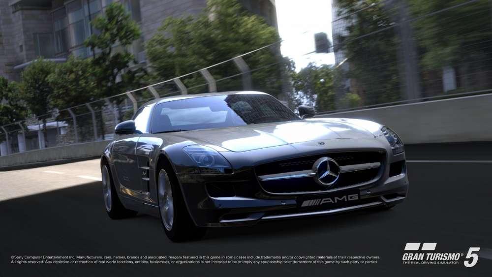 Τα… Χριστούγεννα του GT5; Απόλαυση δίπλα στην μαγευτική Mercedes SLS AMG…