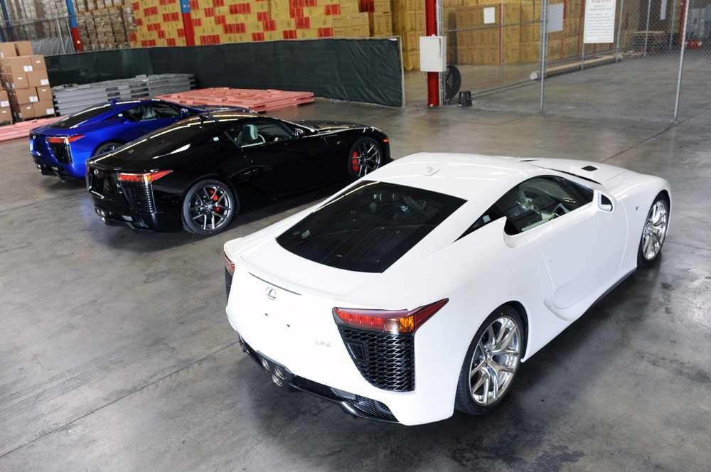 Πως στέλνει… πακέτο η Lexus το dreamcar LFA! – και βίντεο…