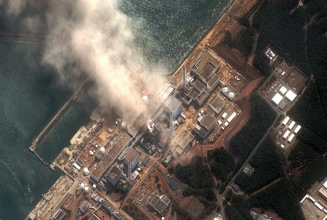 Να μείνουν μέσα στα σπίτια τους παροτρύνει ο Ιάπωνας πρωθυπουργός Kan κατοίκους μέχρι και 30 χιλιόμετρα από τον σταθμό Fukushima…