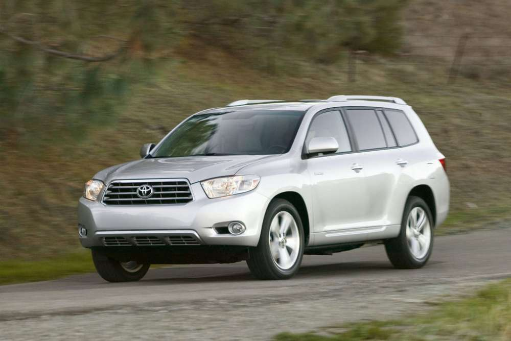 Toyota: ανακαλεί 308.000 RAV4 και Highlander μοντέλα για πρόβλημα σε αισθητήρα αερόσακου..