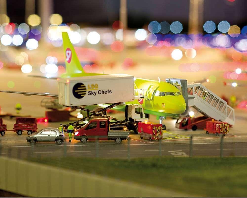 Απίστευτο… Το μεγαλύτερο μίνι αεροδρόμιο στον κόσμο!