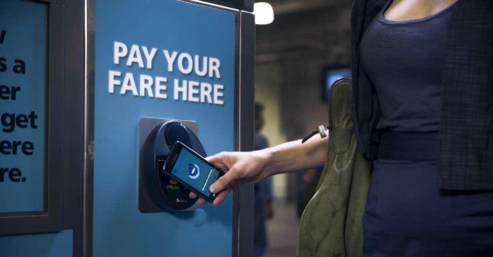 Visa: και το 'πλαστικό χρήμα' πάει να γίνει ψηφιακό πορτοφόλι..