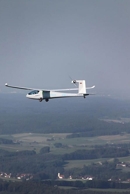 eGenius: το ηλεκτρικό αεροσκάφος στους ουρανούς…