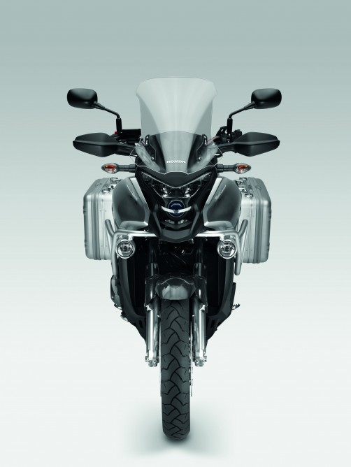 Honda V4 adventure sports tourer – το νέο Crosstourer…