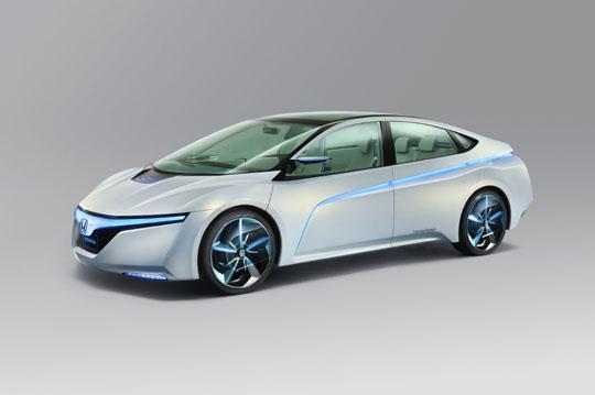 Honda AC-X – στρίβει με joystick…