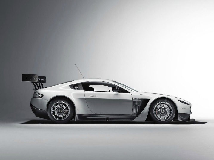 Aston Martin – και το νέο V12 Vantage GT3…