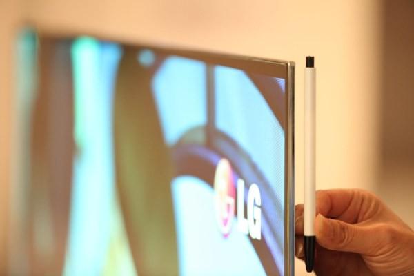 Ο μεγαλύτερη OLED tv στην έκθεση CES 2012…