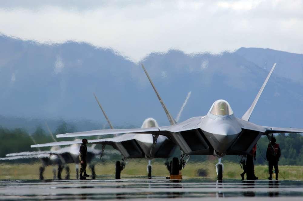 Νέοι περιορισμοί στις πτήσεις των F-22…