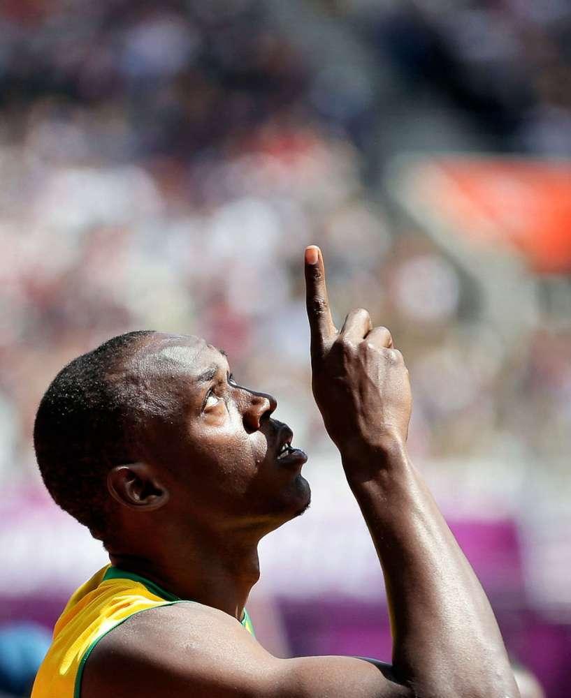 Usain Bolt εναντίον ΟΛΩΝ!