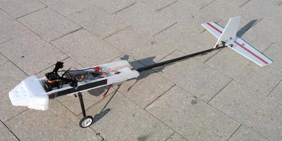 Αυτό το εναέριο ρομπότ αποφεύγει εμπόδια!