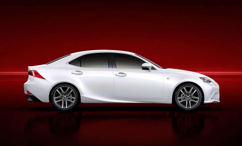 2013-Lexus-IS-06