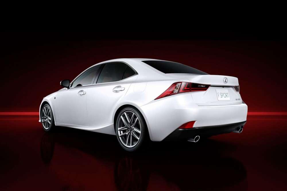 2013-Lexus-IS-08