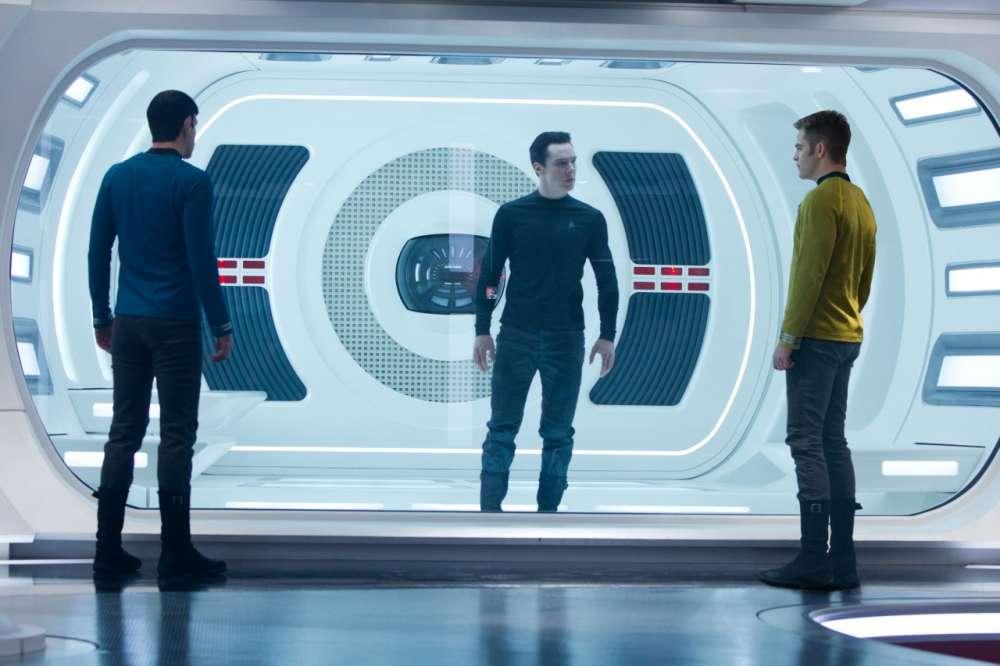 Star Trek: Into Darkness Superbowl Trailer
