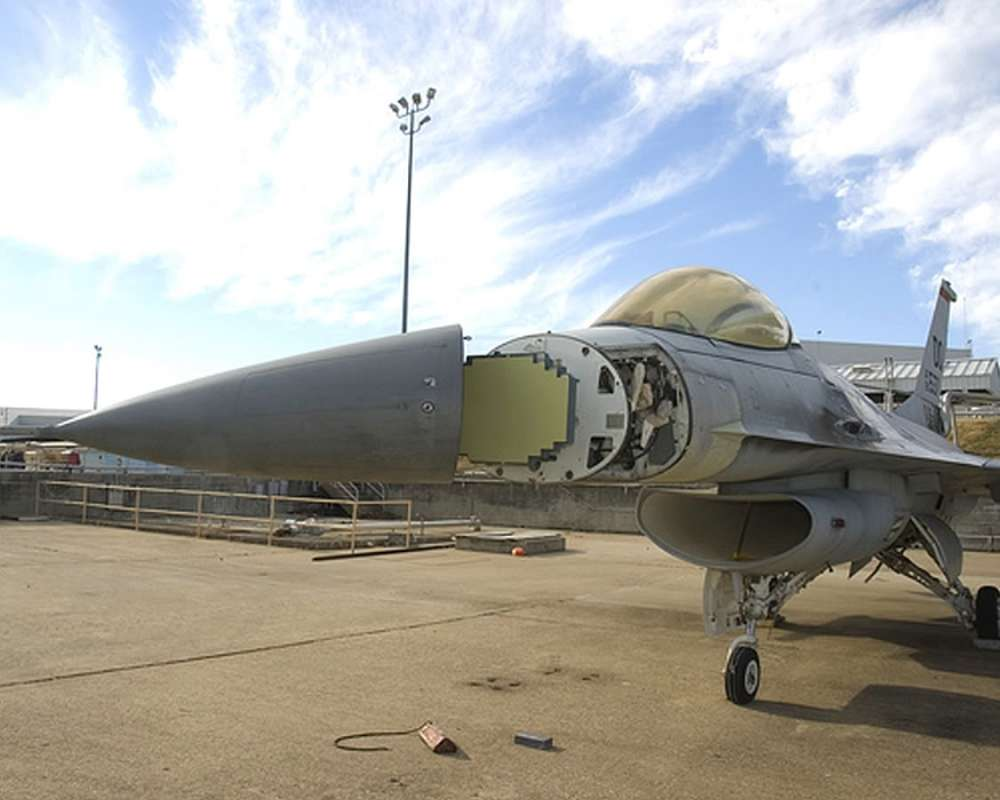F-16SABRRADAR