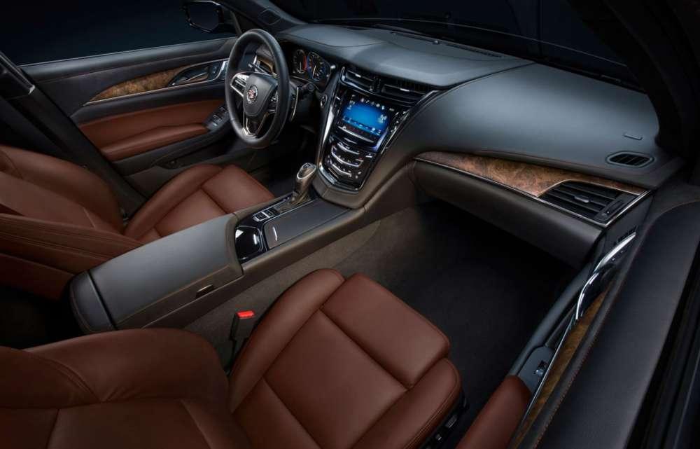 2014-Cadillac-CTS-Interior-01