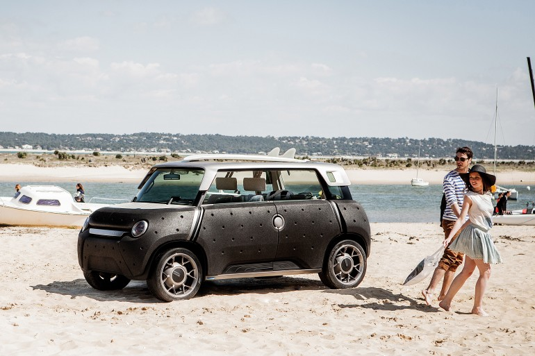 Toyota ME.WE mini-EV concept