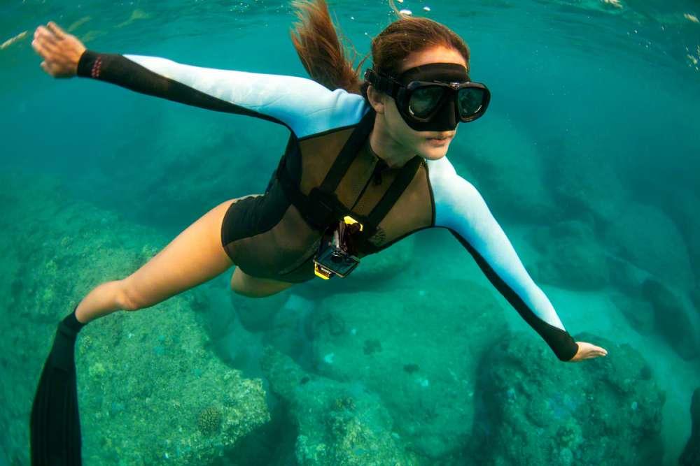 Diving_AS30V_AKA-CMH1_01-1200