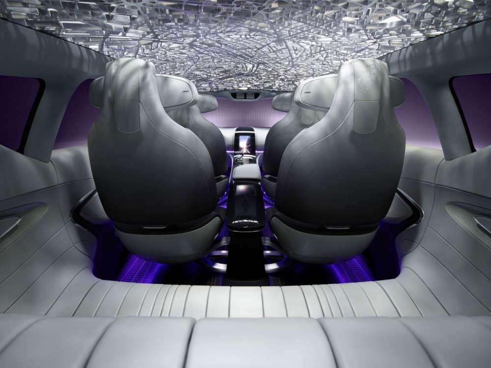 Renault-Initiale-Paris-Concept-Interior-Rendering-04