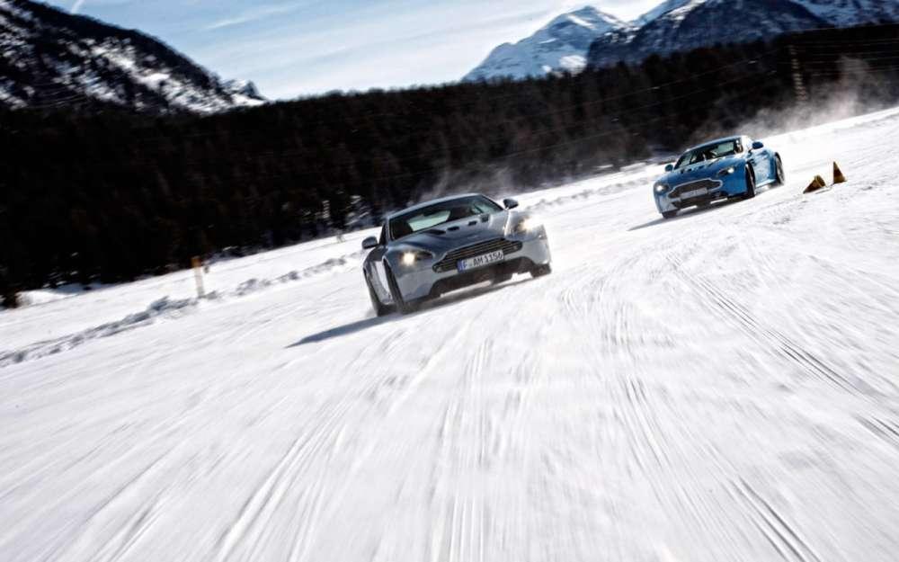 Aston Martin Snow Drifting