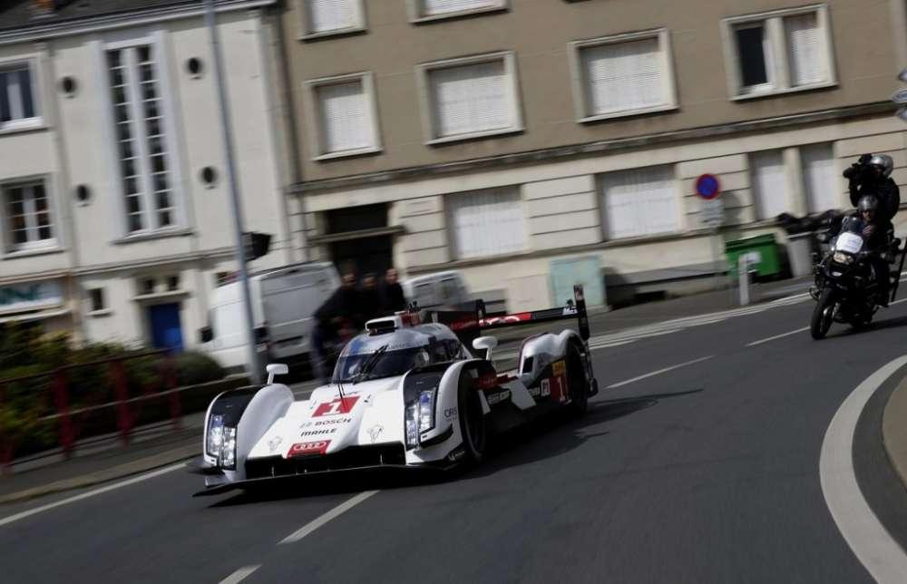 2014 Audi R18 e tron quattro Le Mans