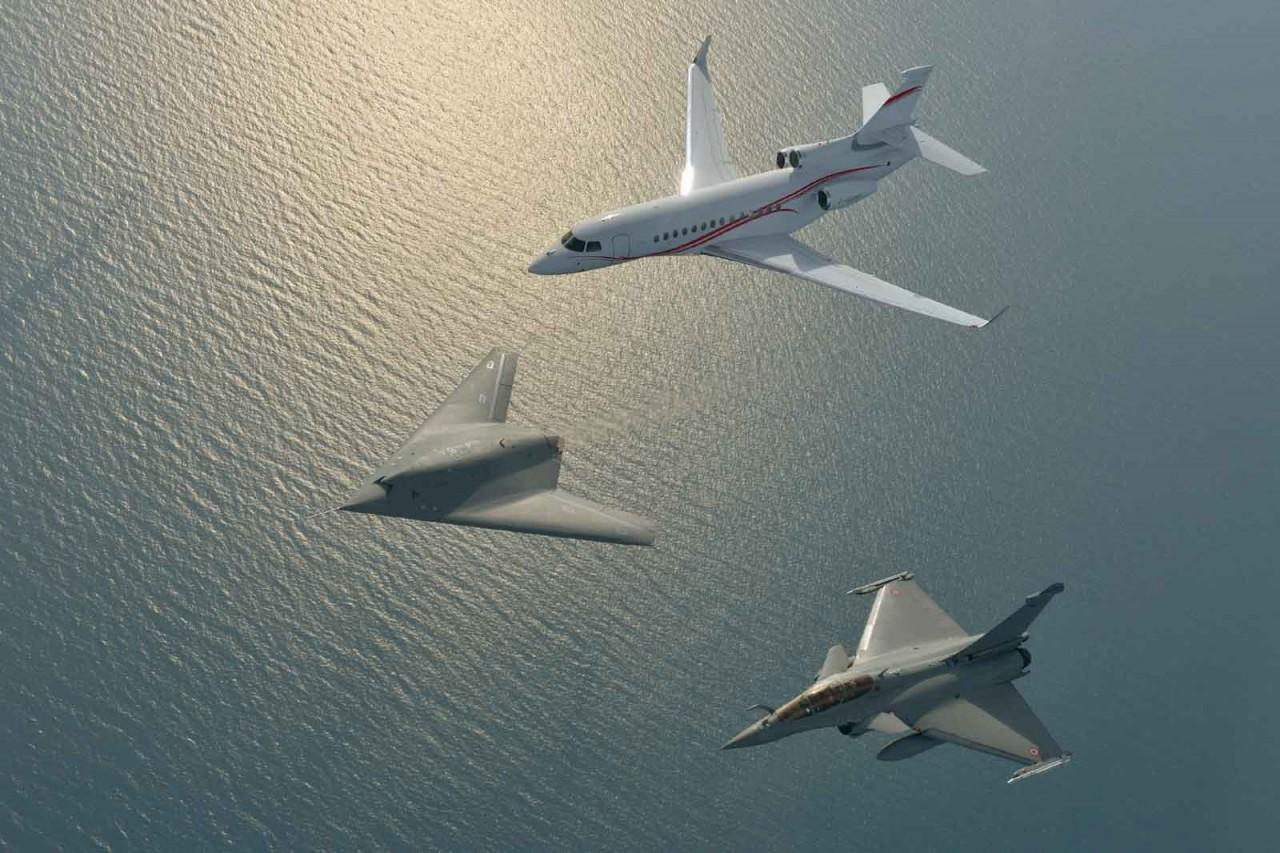 In Formation Rafale, Falcon 7X, nEuron