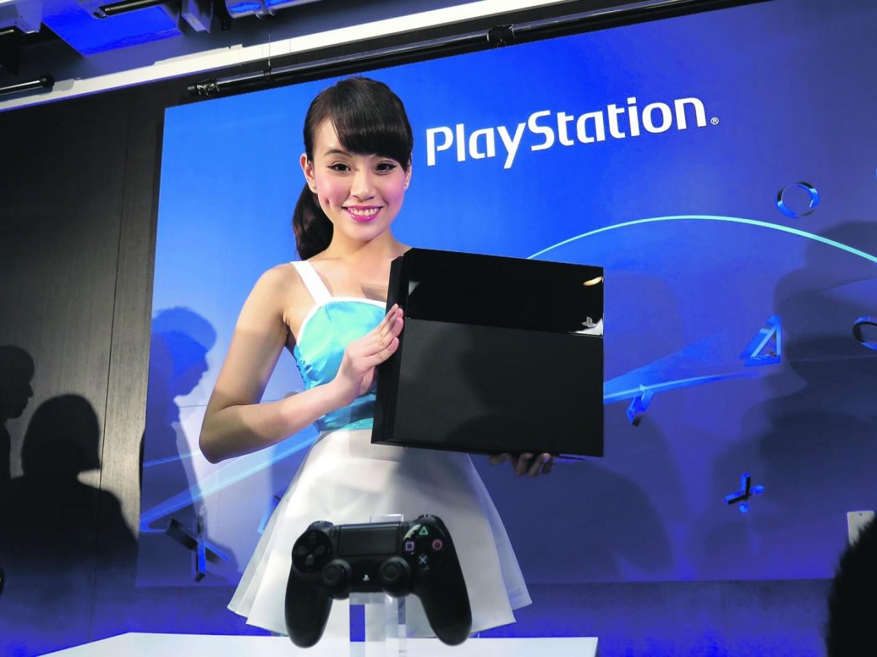 Οι μισοί ιδιοκτήτες PlayStation 4 έχουν συνδρομή PlayStation Plus