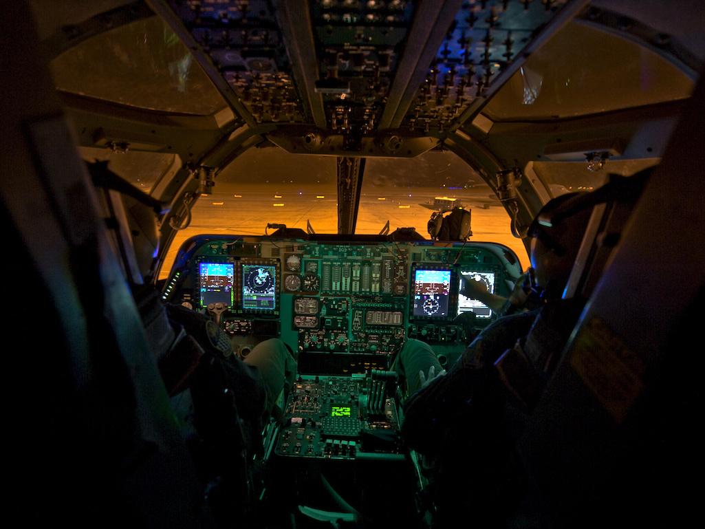 B-52 Combat Network Communications Technology (CONECT) – ο γερόλυκος εκσυχρονίζεται…
