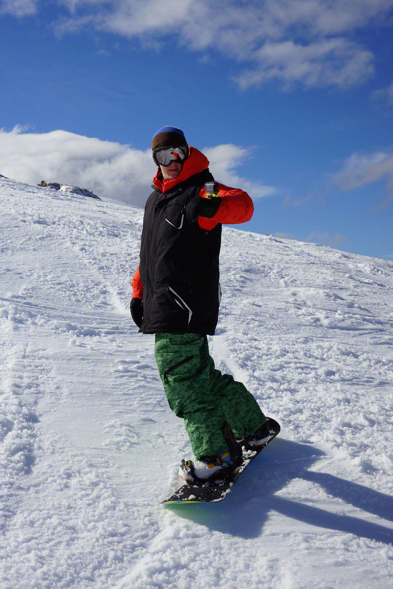 Snowboarding_HDR-AS20_AKA-WM1_02__EX_Aug2016-1200