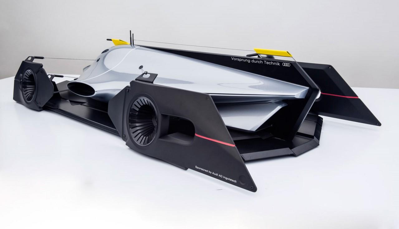 Audi-Airomorph-Concept-Design-Model-02
