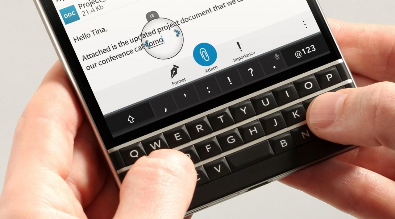Blackberry – ξεπούλησε το Passport smartphone με 200,000 προ-παραγγελίες…