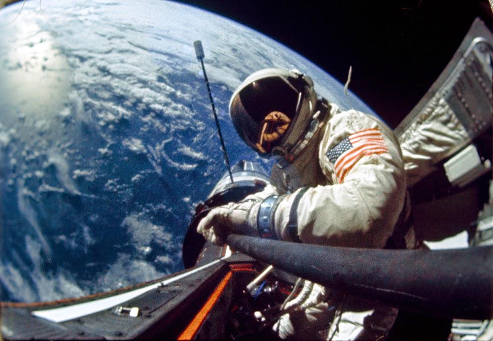 Ιστορικές εικόνες από το διαστημικό σκάφος Gemini XII και τον θρύλο Buzz Aldrin…
