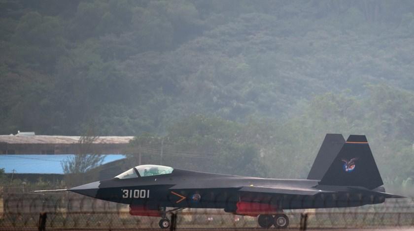 Παρουσία του J-31 – το stealth της Κίνας…