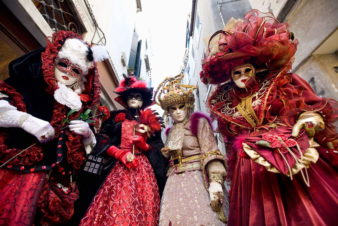 venice carnival Venetian carnival masks for sale in venice an exclusive selection of the  authentics handcrafted and traditional masks made in venice.