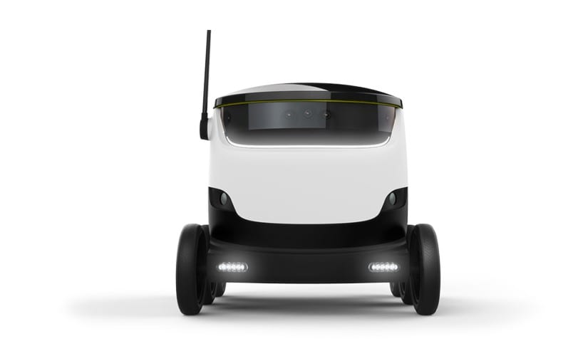 Delivery Robot by Starship Technologies