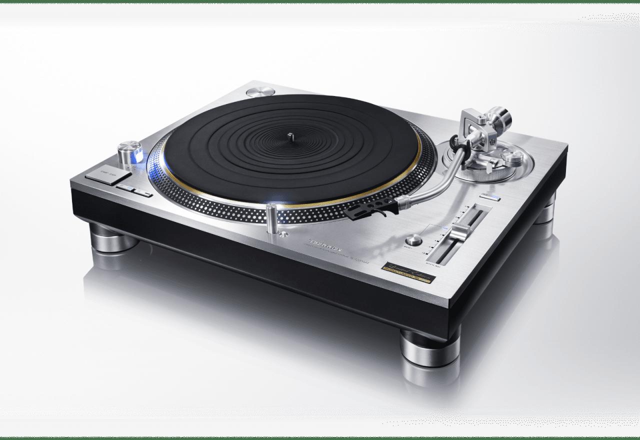 CES 2016 – Technics SL-1200 Direct Drive