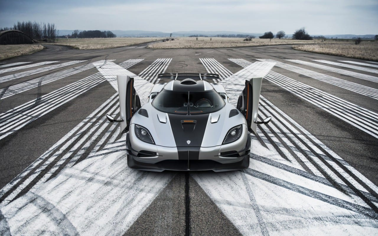 Motorsport Candy – Koenigsegg One:1 0-300-0