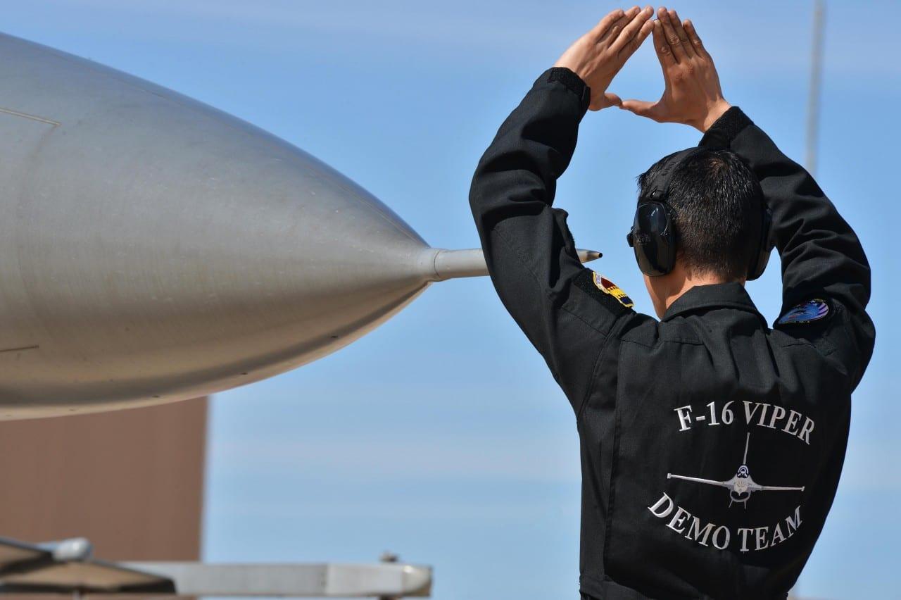 2016 F-16 US Viper Demo