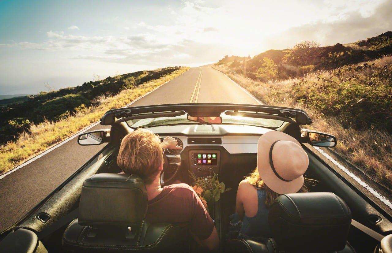5_Your_Personal_Navigator_Apple_CarPlay_-Large