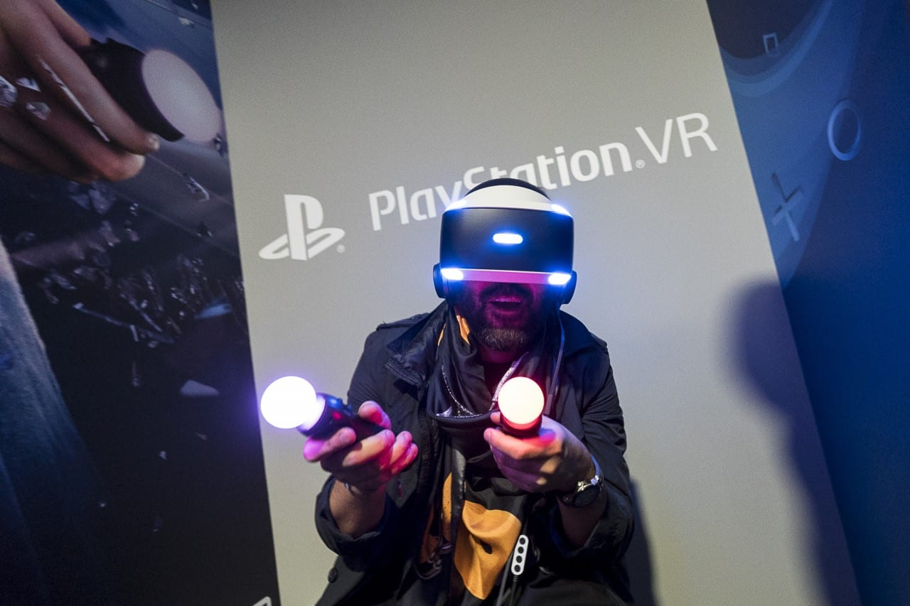 VR Εμπειρίες + PlayStation Area