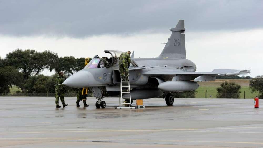 Σουηδικά Gripen στη Trident Juncture 18