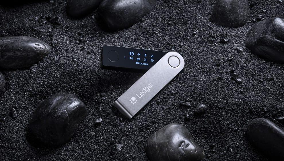 CES 2019 – Ledger Nano X Bluetooth-enabled wallet