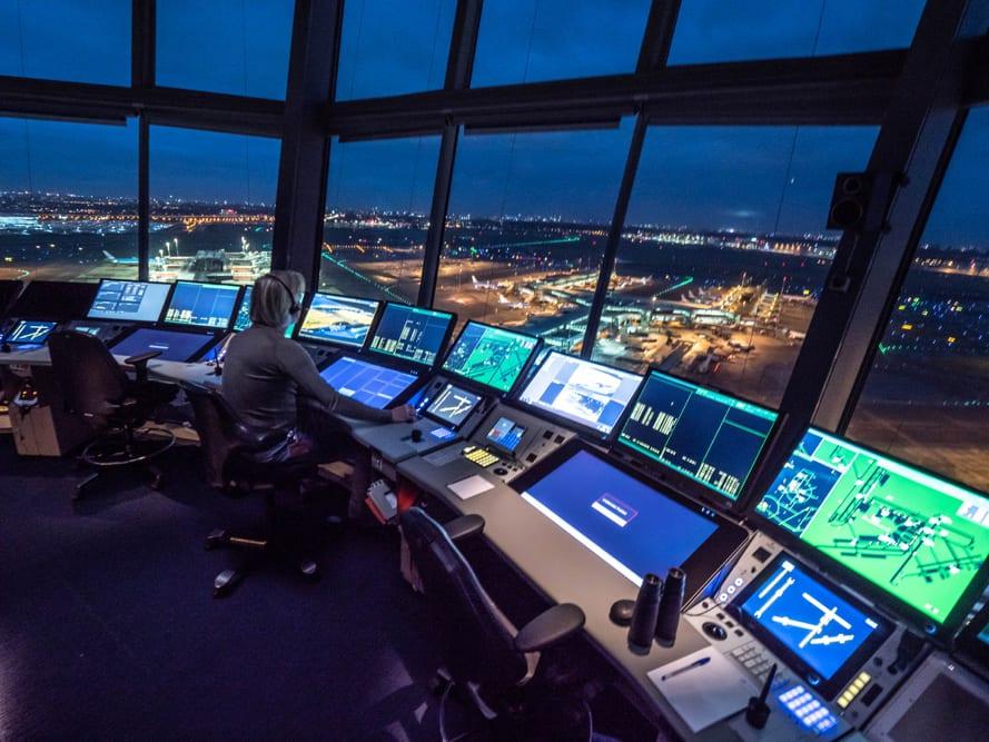 Μέσα στο πιο πολύπλοκο Air Traffic Control της Ευρώπης
