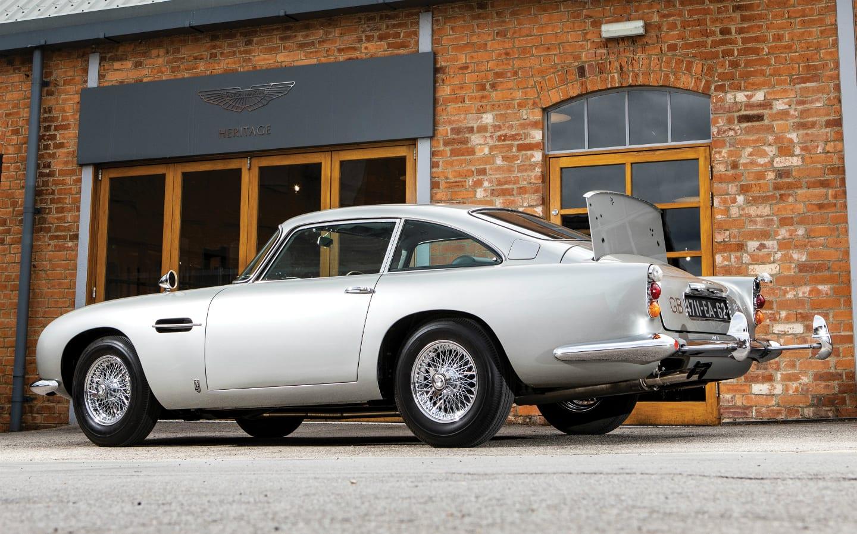 Τα έξι καλύτερα Bond cars