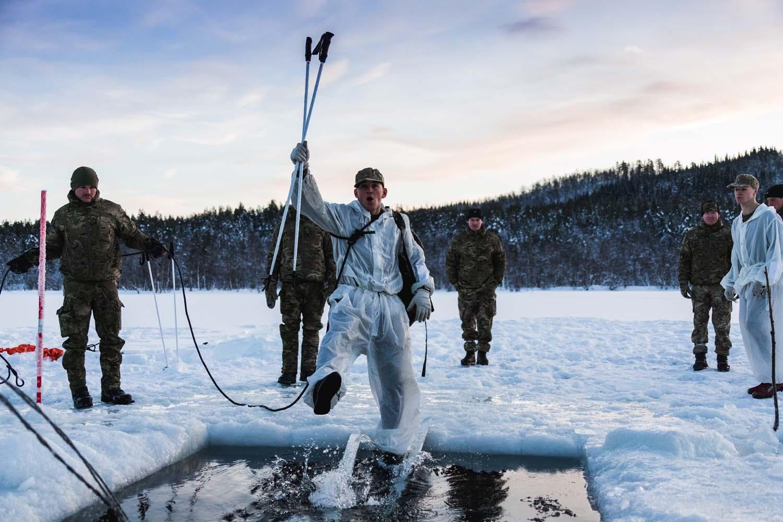 Arctic Commandos
