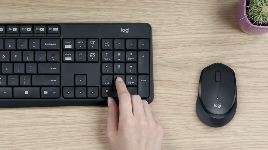 Logitech MK295 Silent Wireless Keyboard